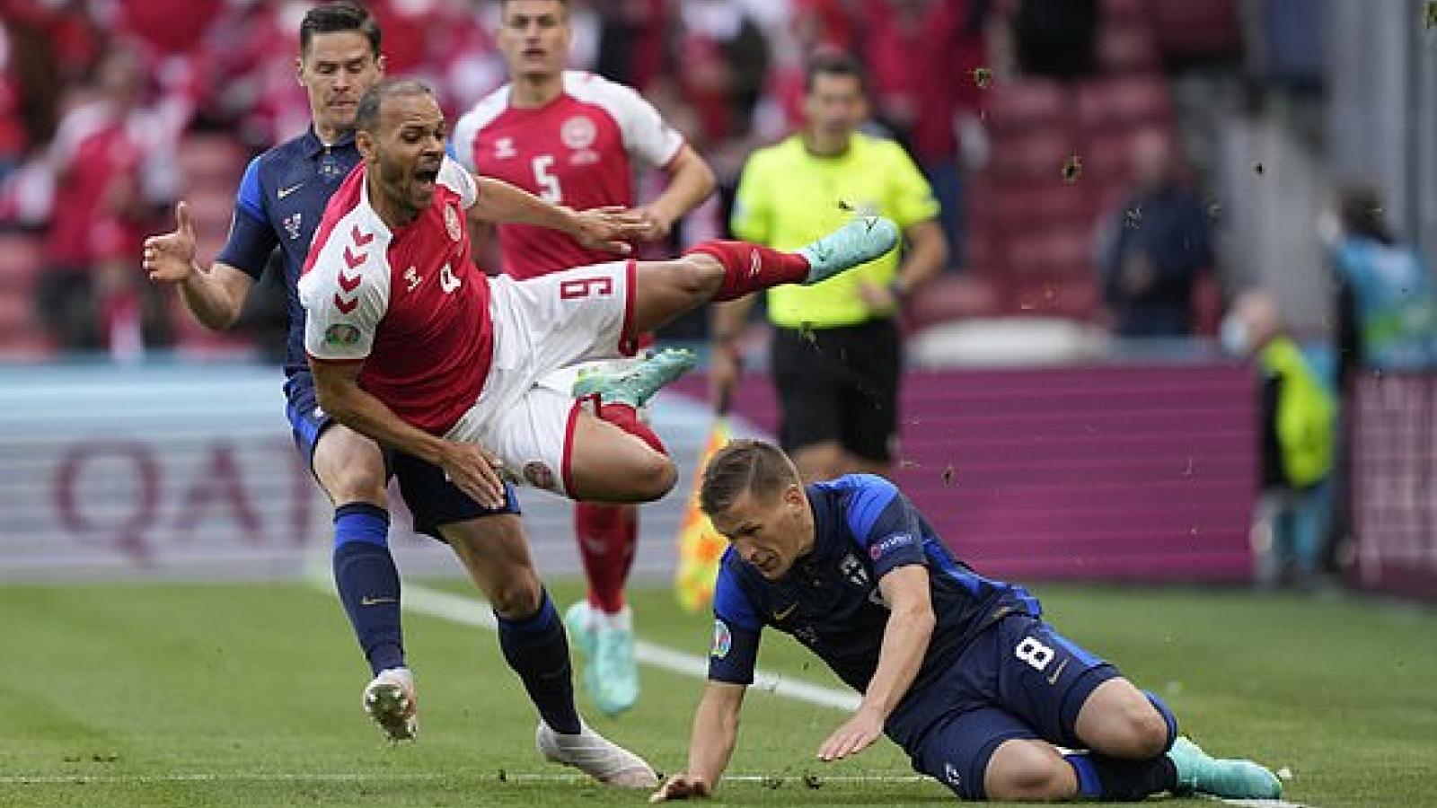 TRỰC TIẾP Đan Mạch 0 - 0 Phần Lan: Sân Parken mở hội