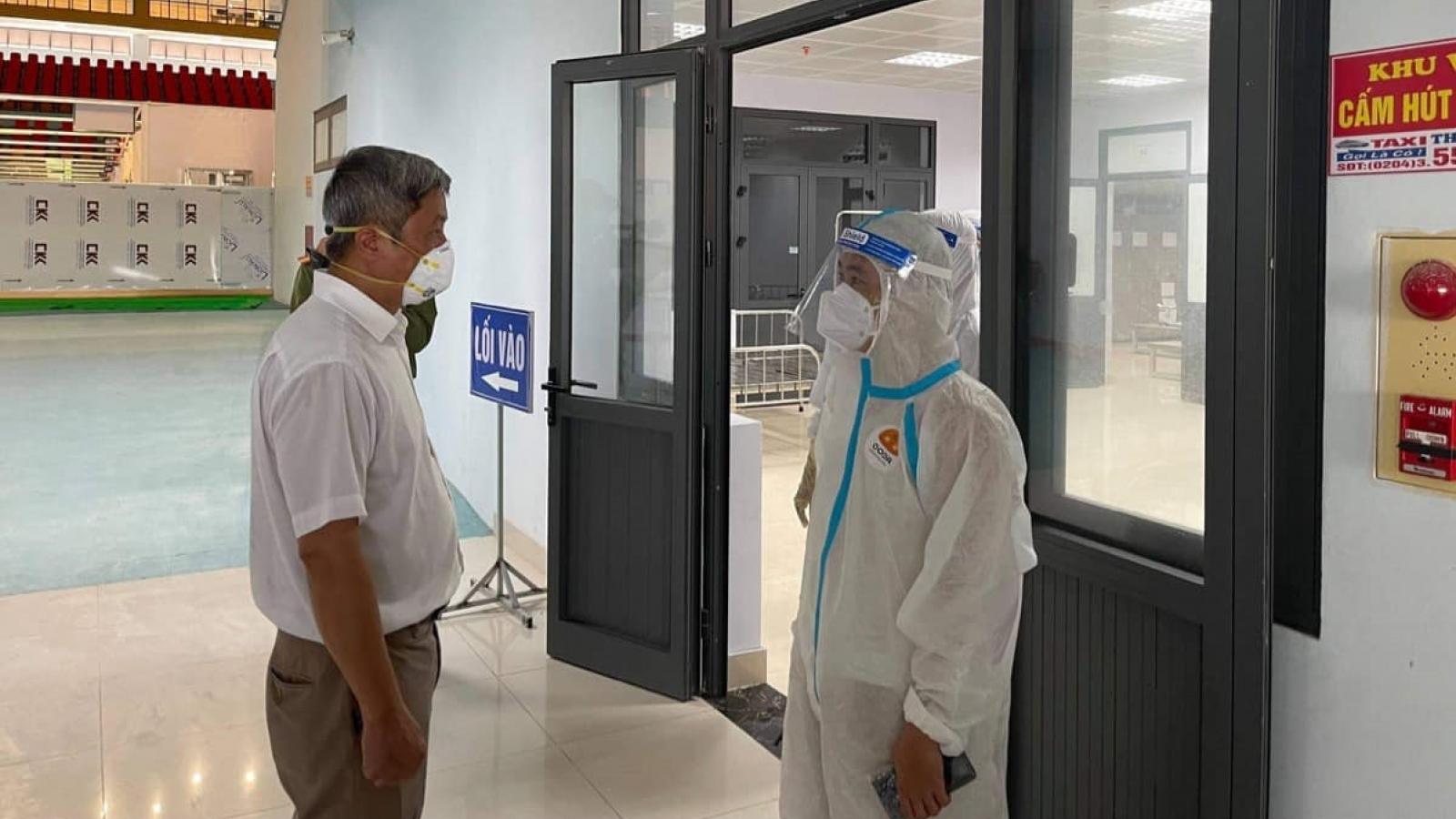 600 bệnh nhân COVID-19 được nhận quà động viên ngày 1/6