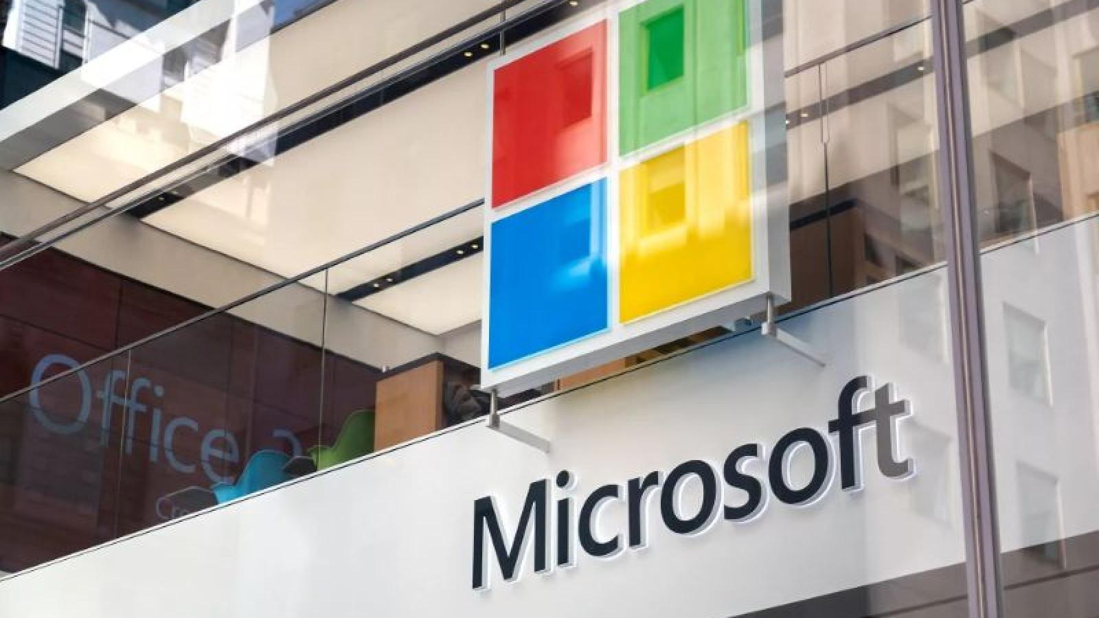 Làm việc tại nhà đẩy giá trị thị trường Microsoft đạt mốc 2.000 tỷ USD