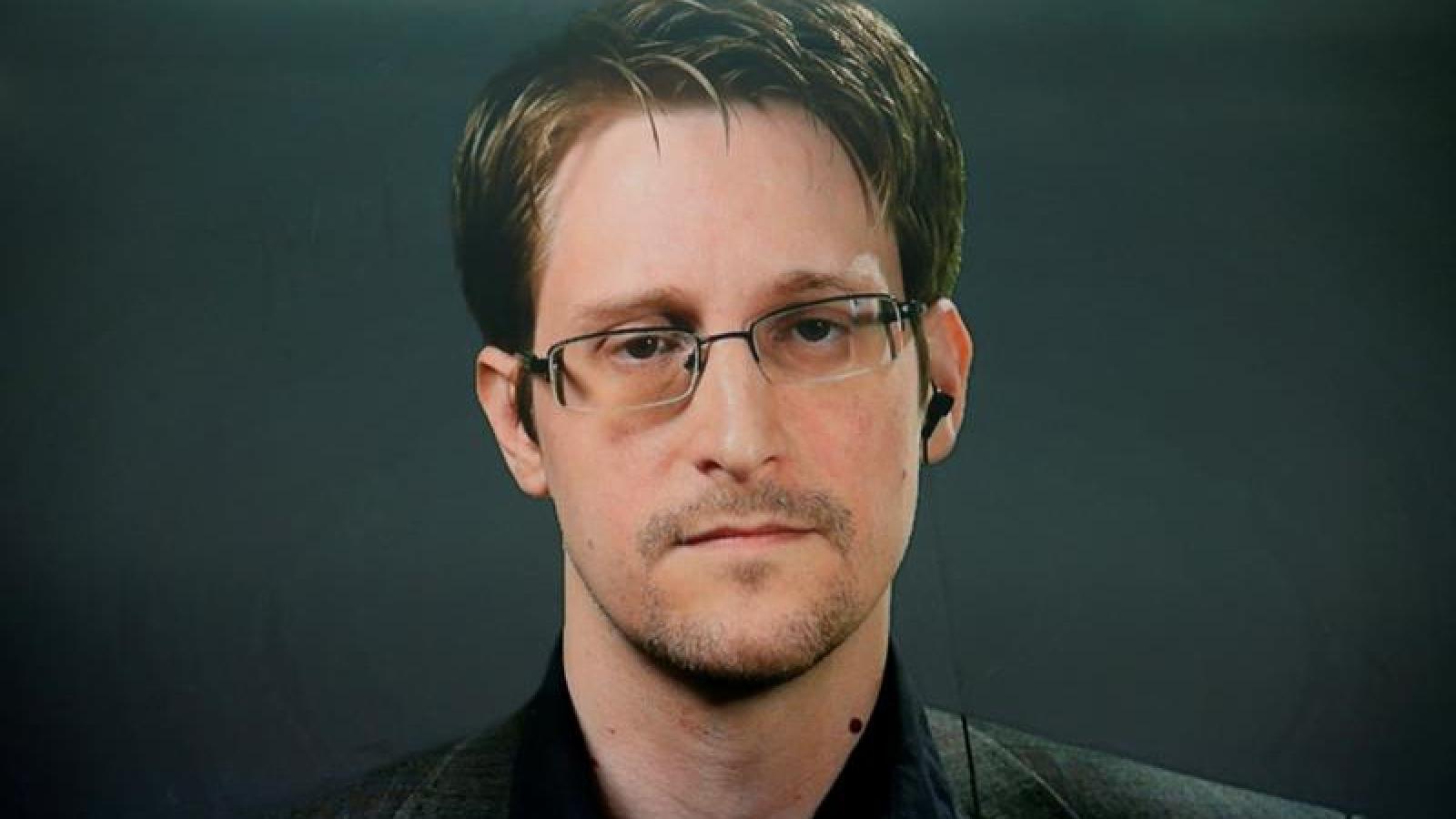 """Cảnh báo nhà sáng lập WikiLeaks sẽ """"chung số phận"""" với McAfee"""
