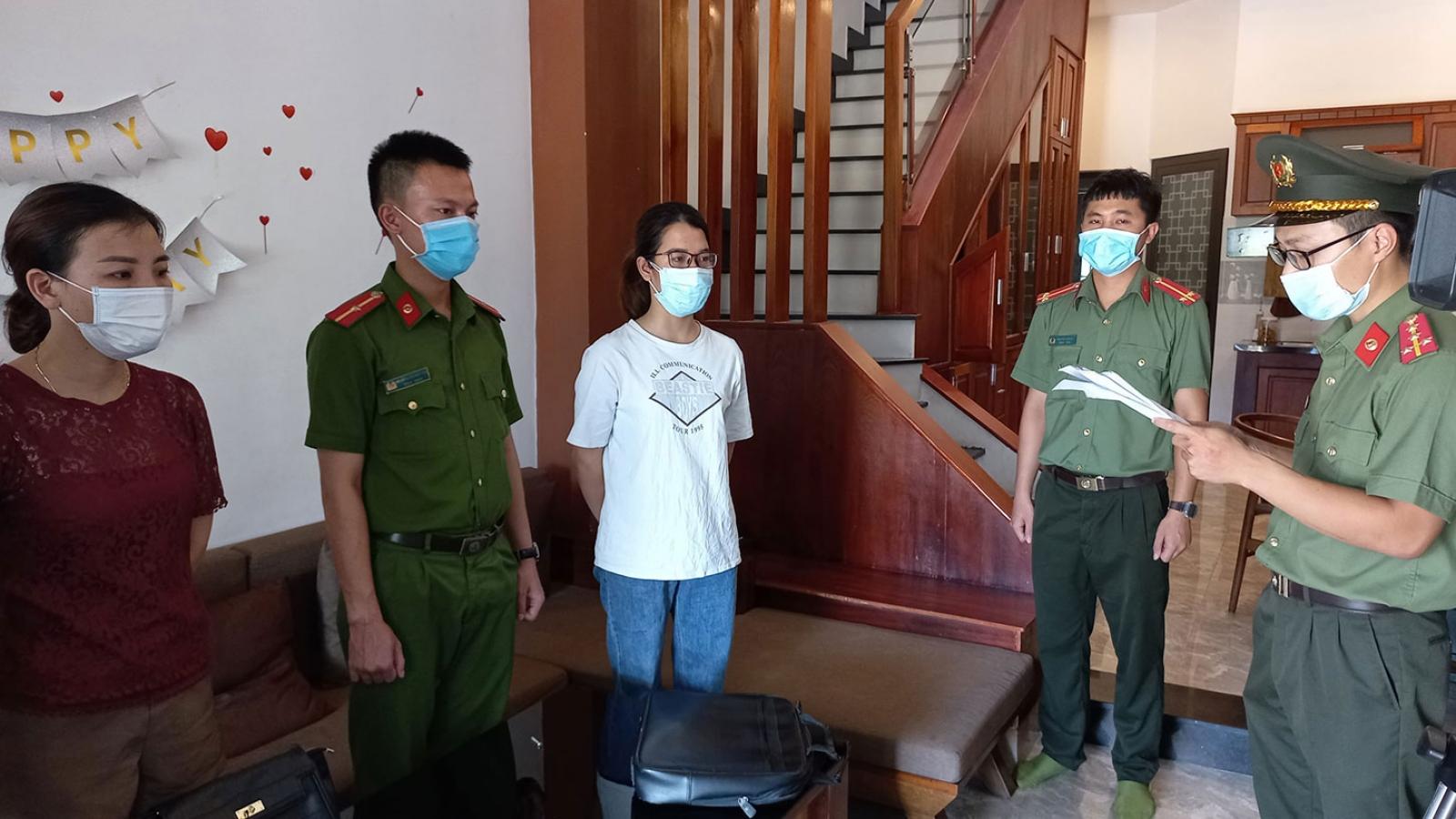 """Nhập cảnh trái pháp dưới dạng """"chuyên gia"""": Khởi tố phiên dịch viên ở Đà Nẵng"""