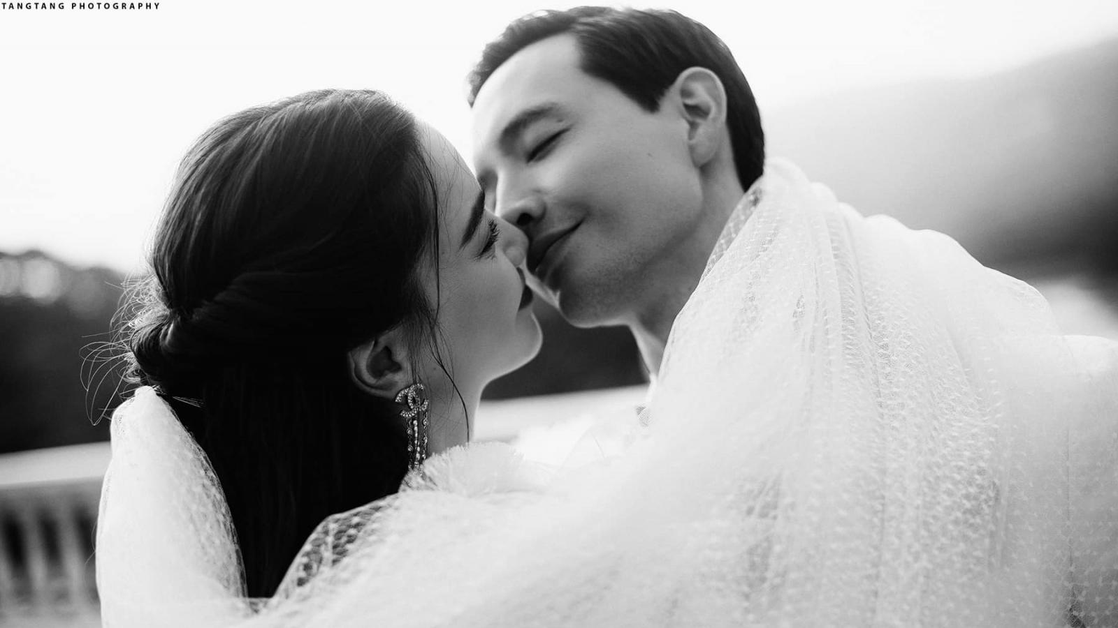 Ảnh cưới ngọt ngào, hạnh phúc của Hồ Ngọc Hà và Kim Lý