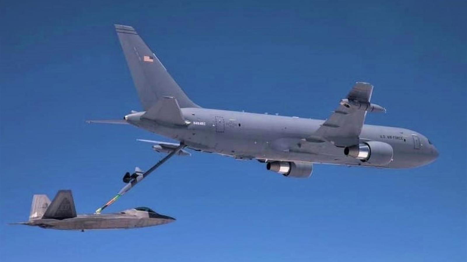 Máy bay tiếp dầu KC-46 đảm nhận chức năng mới