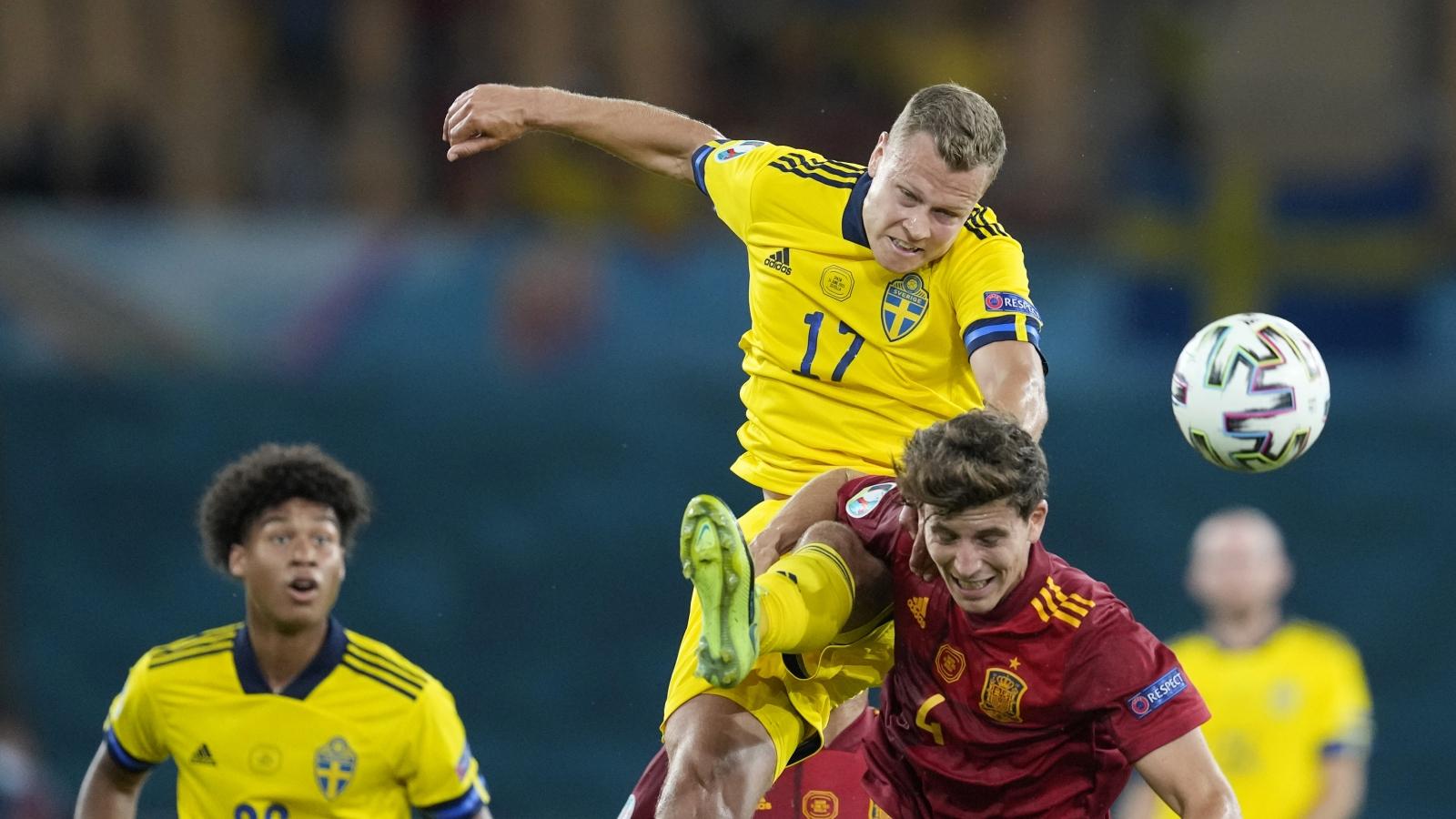 Hàng công vô duyên, Tây Ban Nha bị Thụy Điển cưa điểm