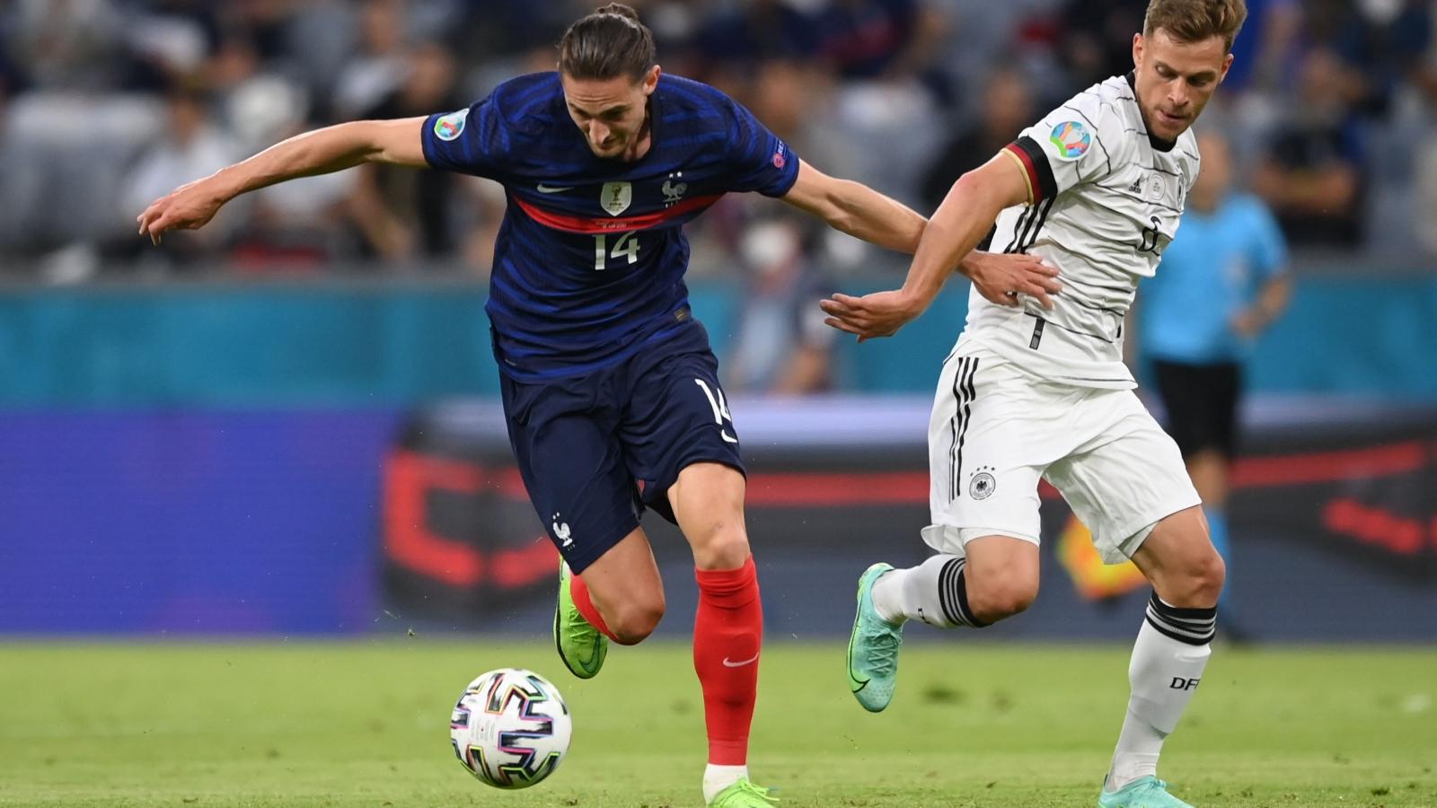 """Trực tiếp Pháp 1 - 0 Đức: Pha """"đốt đền"""" tai hại"""
