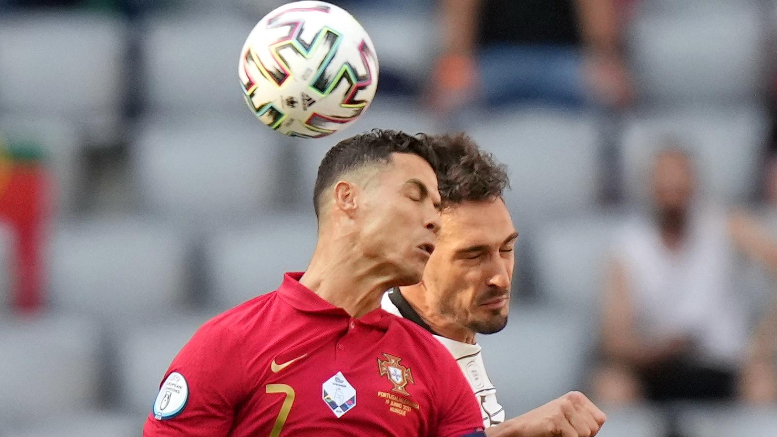Trực tiếp Bồ Đào Nha 2-4 Đức: Cột dọc từ chối Sanches