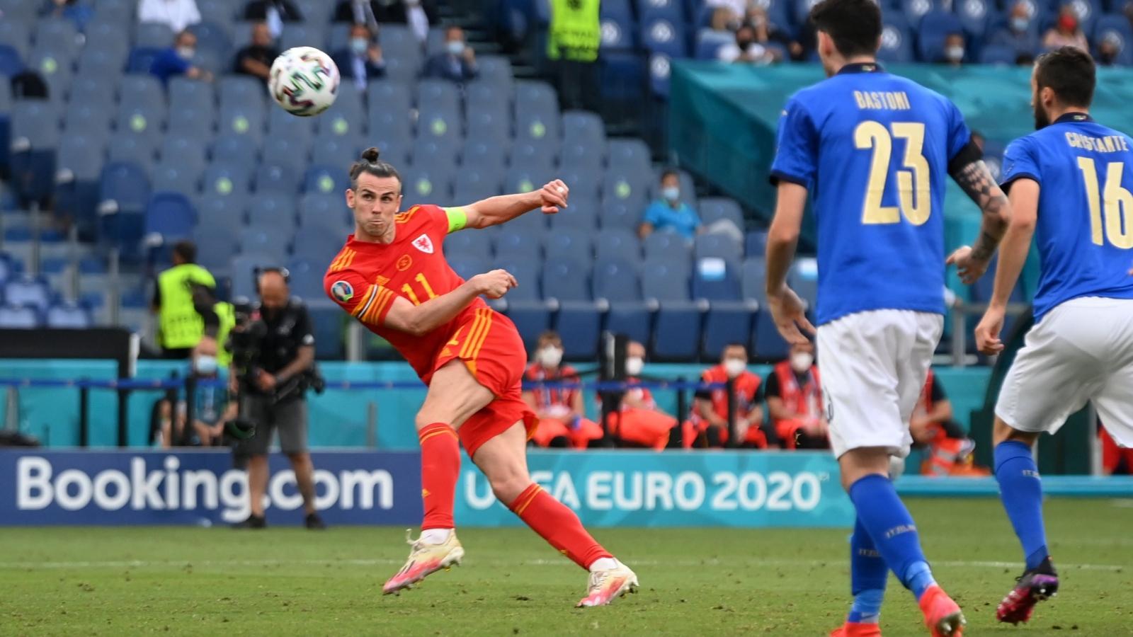"""Italia toàn thắng ở bảng A, Xứ Wales """"nín thở"""" giành vé thứ hai vào vòng knock-out"""
