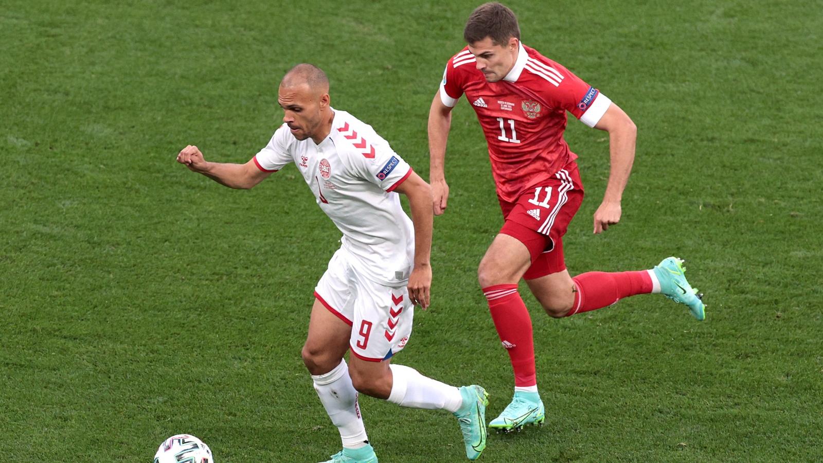 TRỰC TIẾP Nga 0-1 Đan Mạch: Damsgaard lập siêu phẩm mở tỷ số