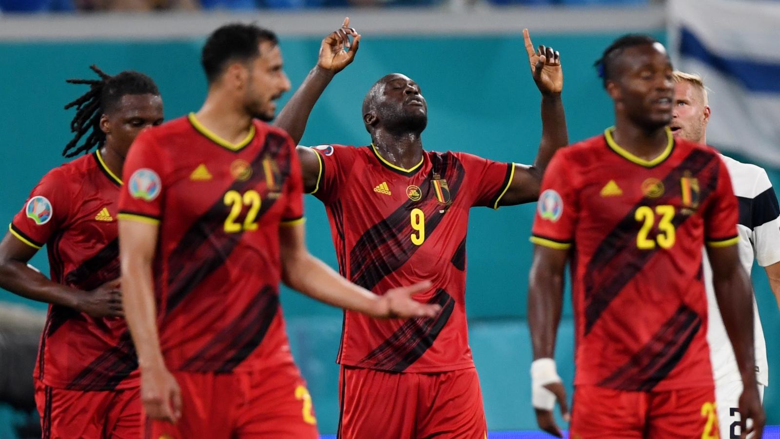 """Bỉ toàn thắng ở bảng B, Phần Lan nín thở đợi """"vé vớt"""" lịch sử"""