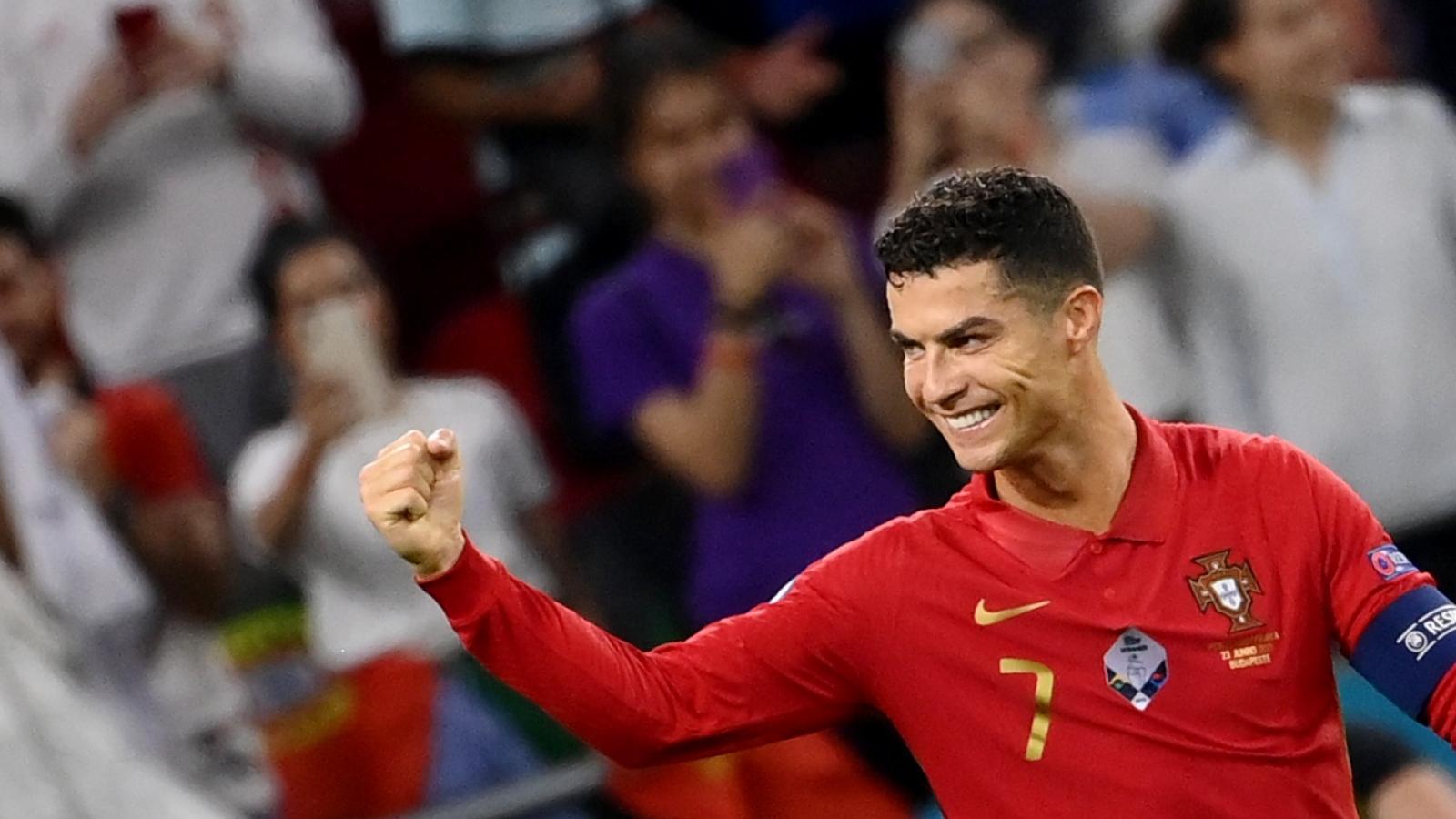 """BXH Vua phá lưới EURO 2021: Ronaldo """"cô đơn"""" trên đỉnh"""