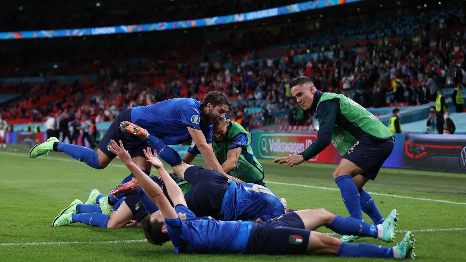 Nhọc nhằn thắng Áo sau 120 phút, Italia vào tứ kết EURO 2021