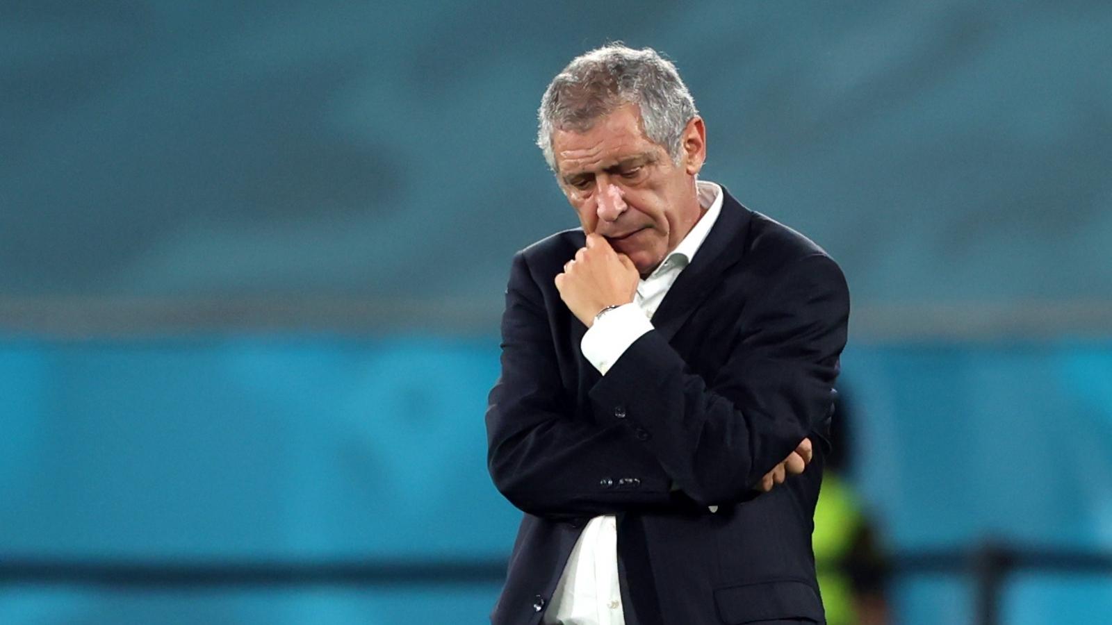 Bồ Đào Nha bị loại ở EURO 2021, HLV Santos đặt mục tiêu vô địch World Cup 2022