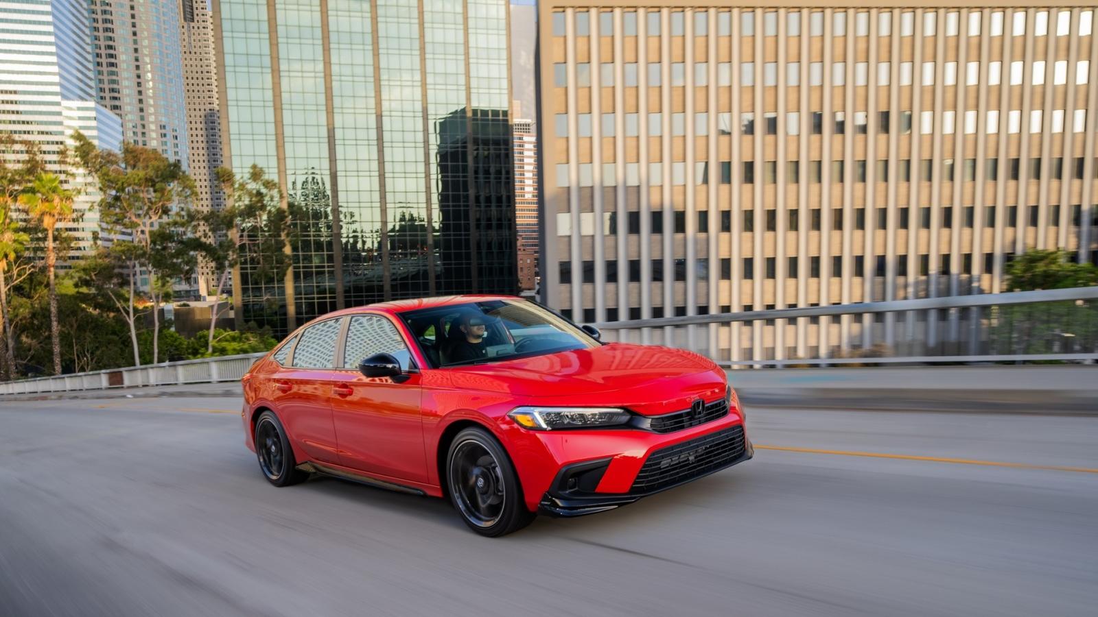 Honda xác nhận Civic Hybird và Type R ra mắt vào năm 2022