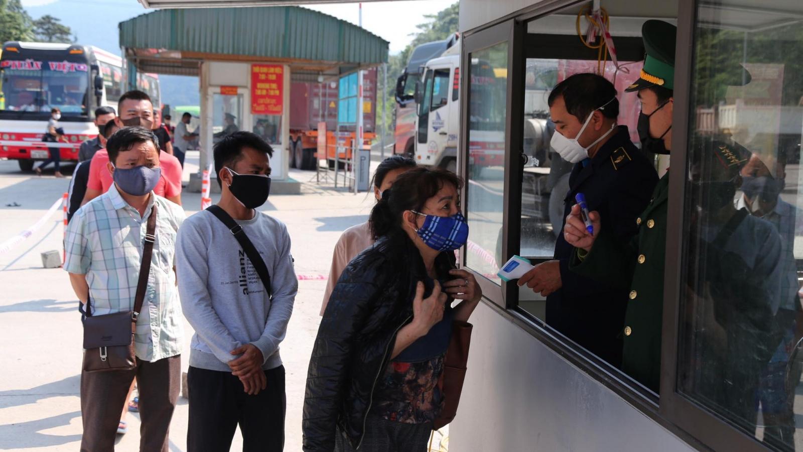 Hà Tĩnh tạm dừng tiếp nhận công dân Việt Nam về nước qua Cửa khẩu quốc tế Cầu Treo