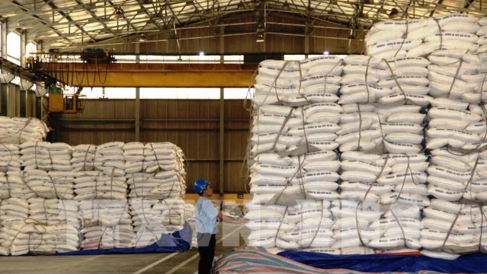 Lượng hạn ngạch thuế quan nhập khẩu đường đấu giá thí điểm năm 2021 là 108.000 tấn
