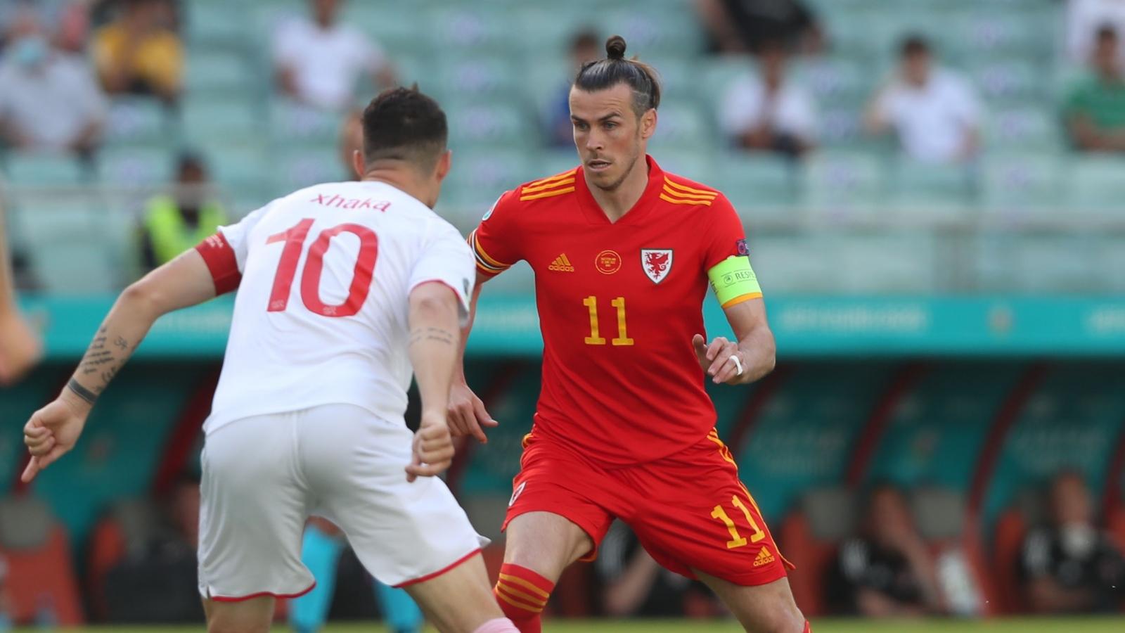 """Trực tiếp Xứ Wales 0-0 Thụy Sĩ: Bale và đồng đội """"hú vía"""""""