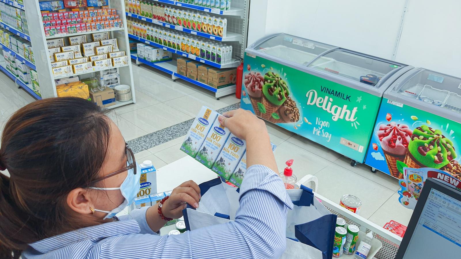 """""""Giấc mơ sữa Việt"""", giải pháp mua sữa siêu tiện lợi mùa giãn cách"""