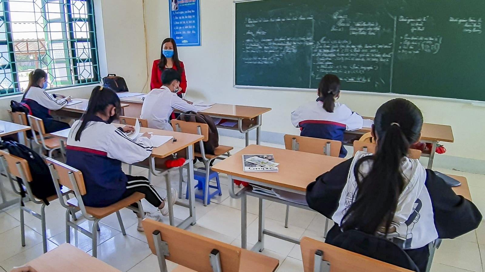 Điện Biên tăng cường phòng chống dịch, đảm bảo an toàn chokỳ thi tốt nghiệp THPT