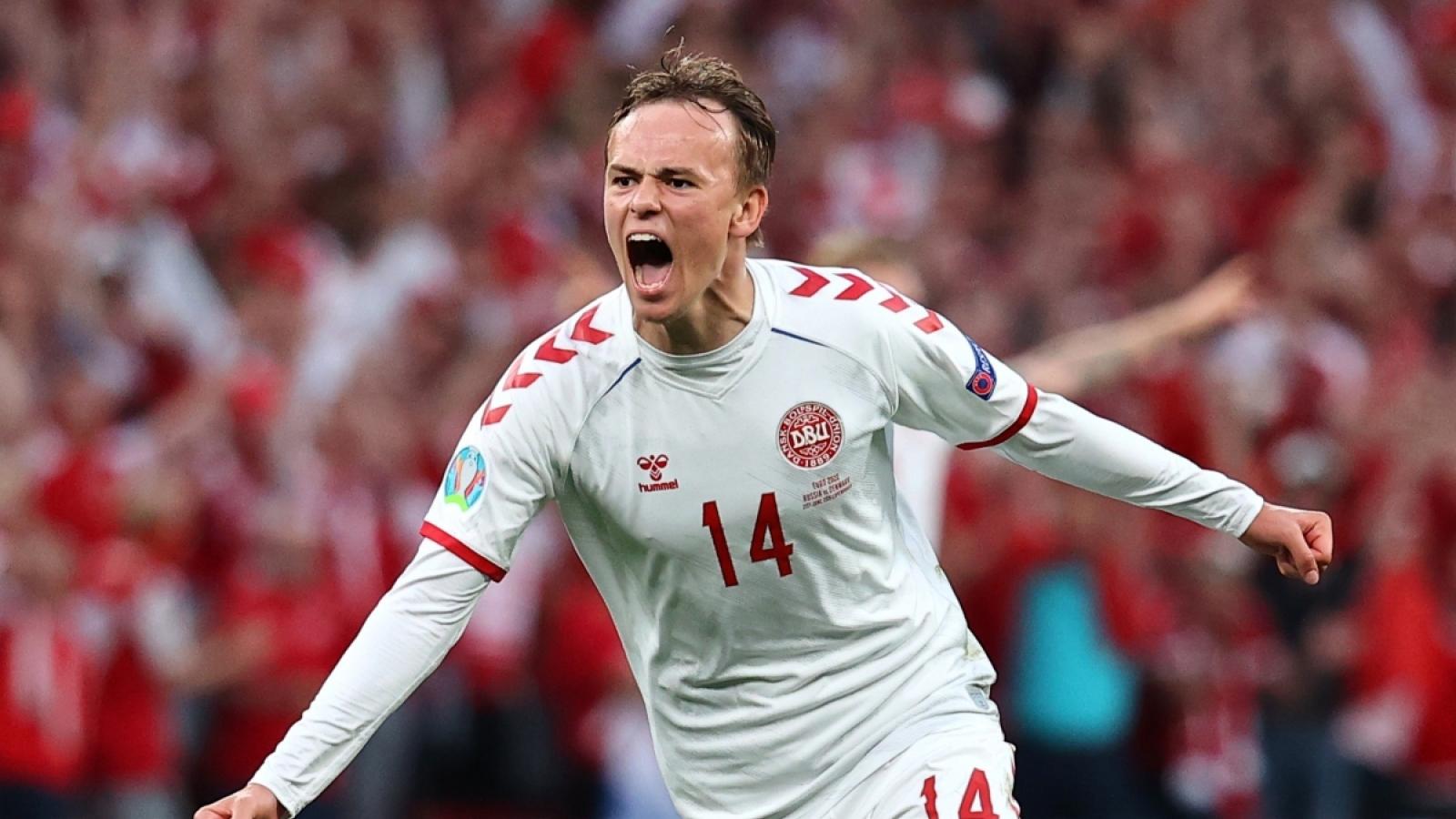 Xác định 2 cặp đấu đầu tiên của vòng 1/8 EURO 2021