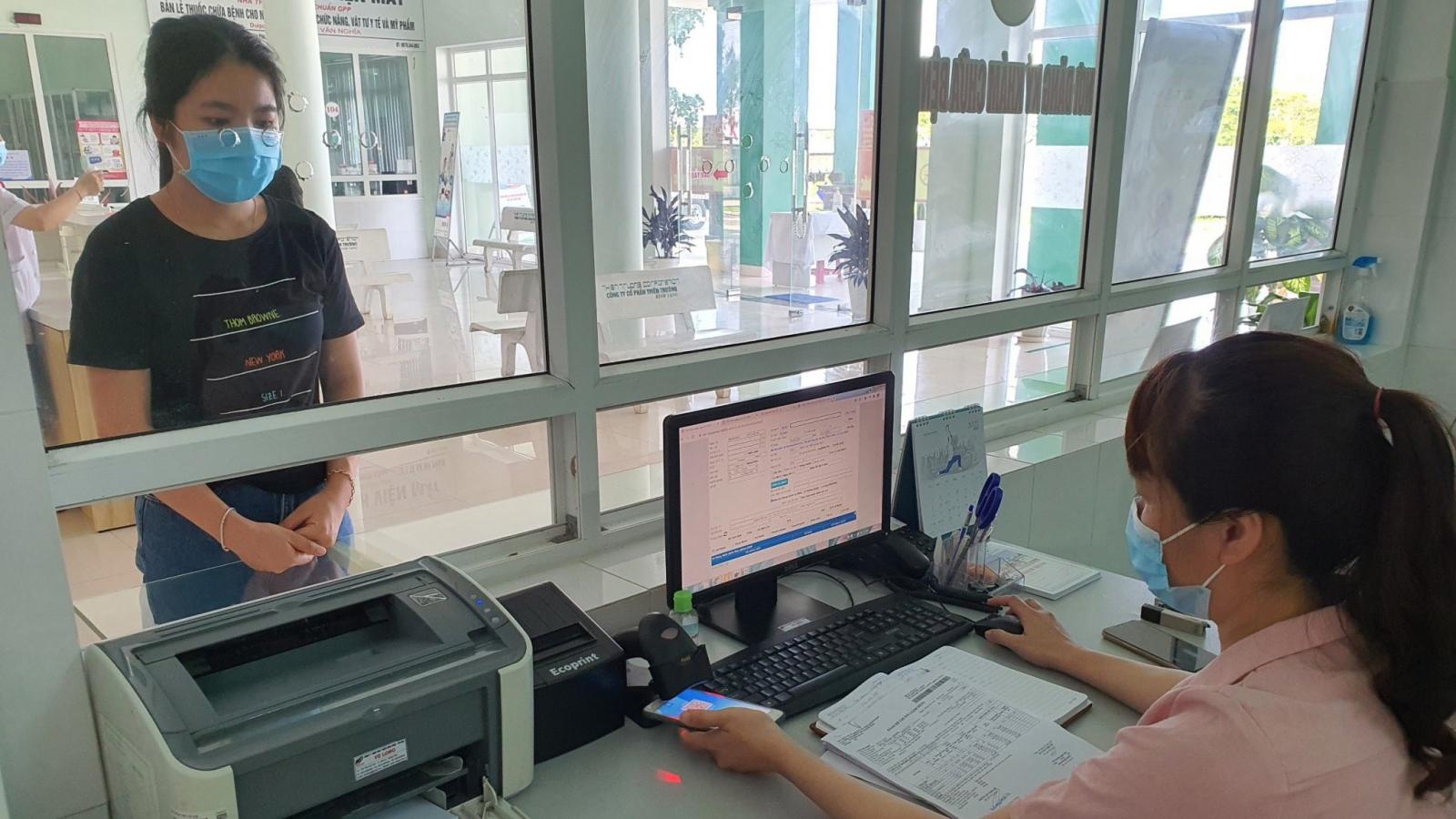 TPHCM sử dụng ảnh thẻ trên ứng dụng BHXH để khám, chữa bệnh