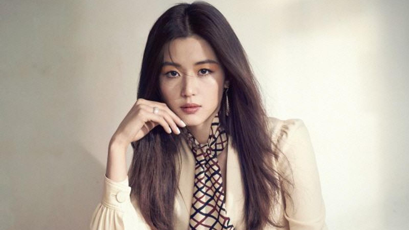 """""""Mợ chảnh"""" Jun Ji Hyun phủ nhận ly hôn chồng đại gia"""