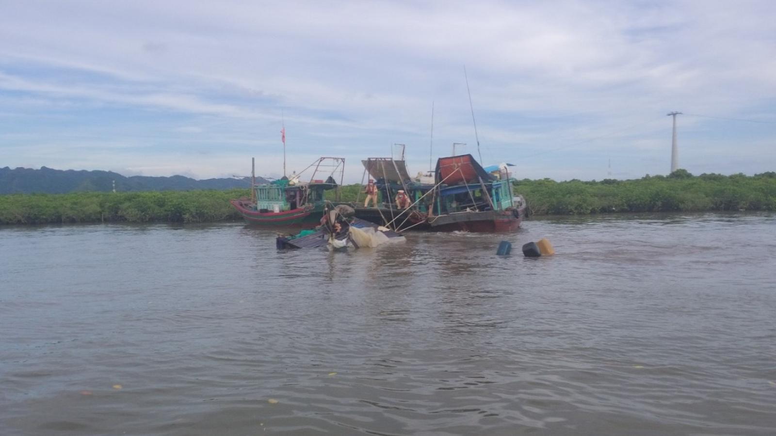 Cứu sống một ngư dân bị chìm tàu tại khu vực Đèn Ba Lăng