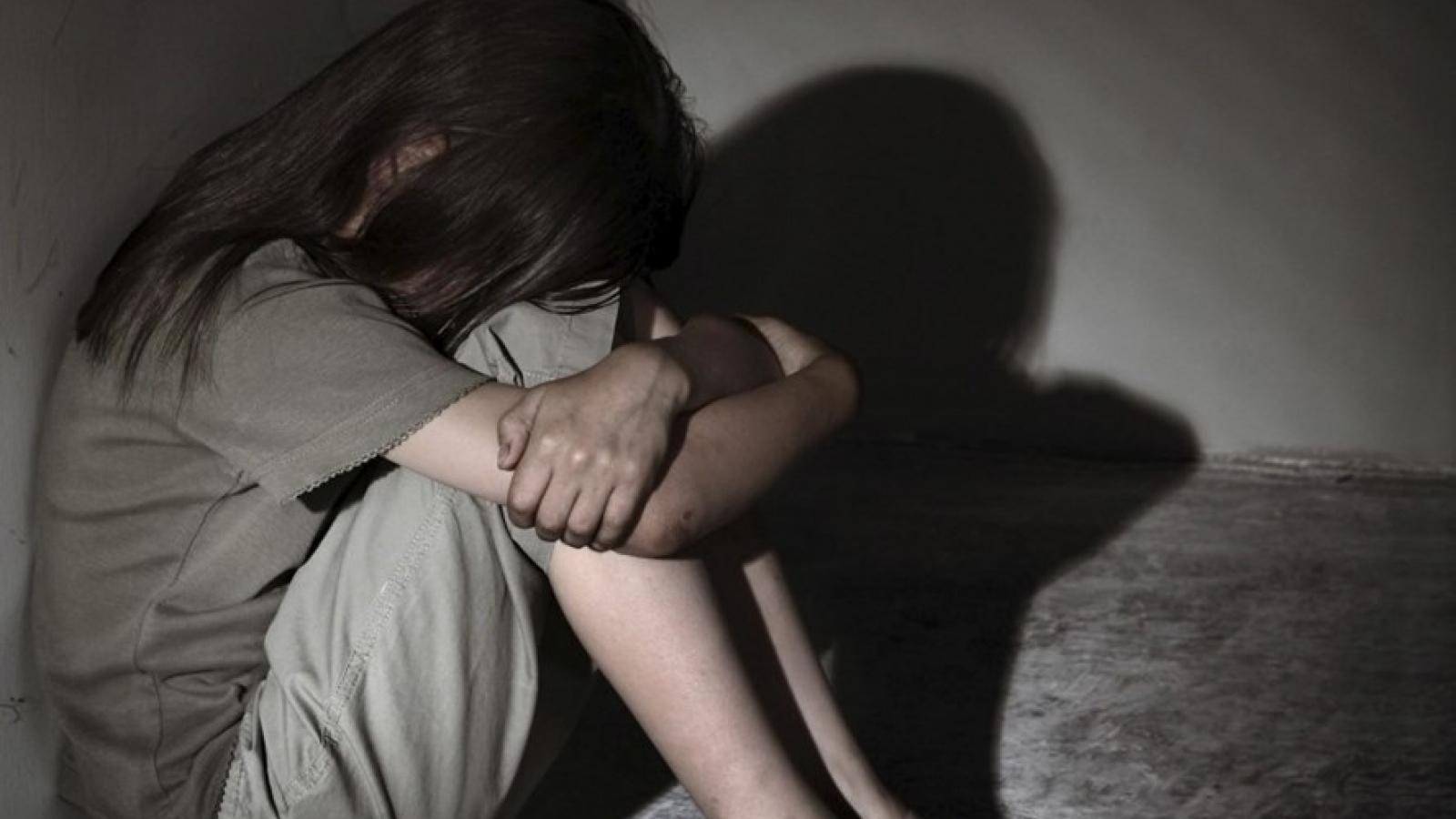 Giải cứu 6 bé gái trong đường dây buôn bán trẻ em cho các cơ sở karaoke, massage