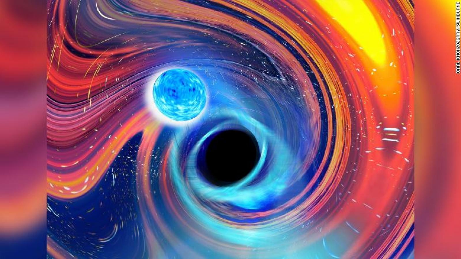 Lần đầu tiên phát hiện ra hiện tượng dữ dội hố đen nuốt chửng sao neutron