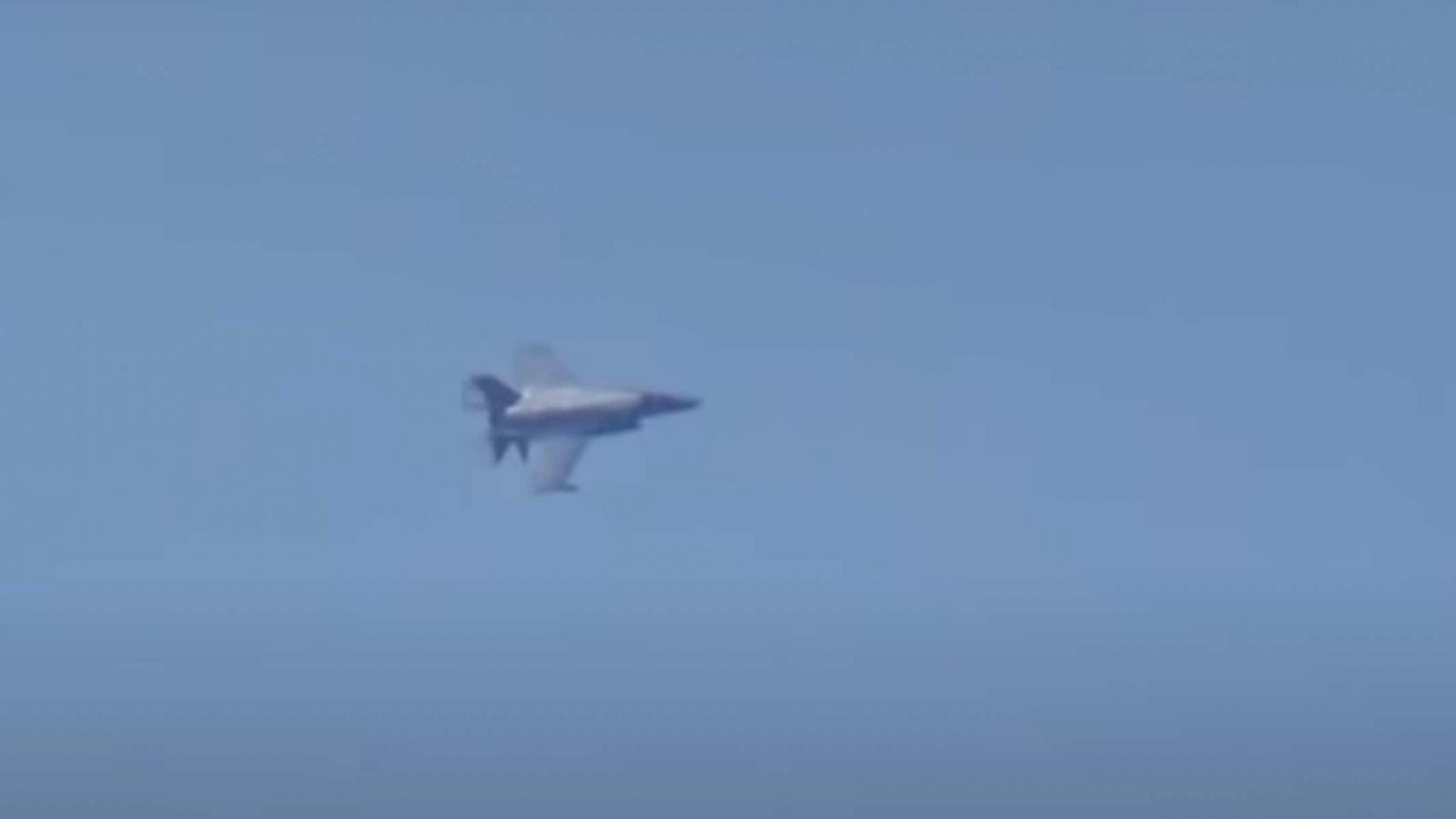 Anh điều tiêm kích F-35 theo dõi Nga tập trận ở Địa Trung Hải