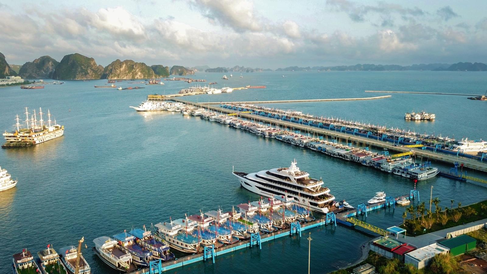Quảng Ninh cho phép du lịch nội tỉnh hoạt động trở lại