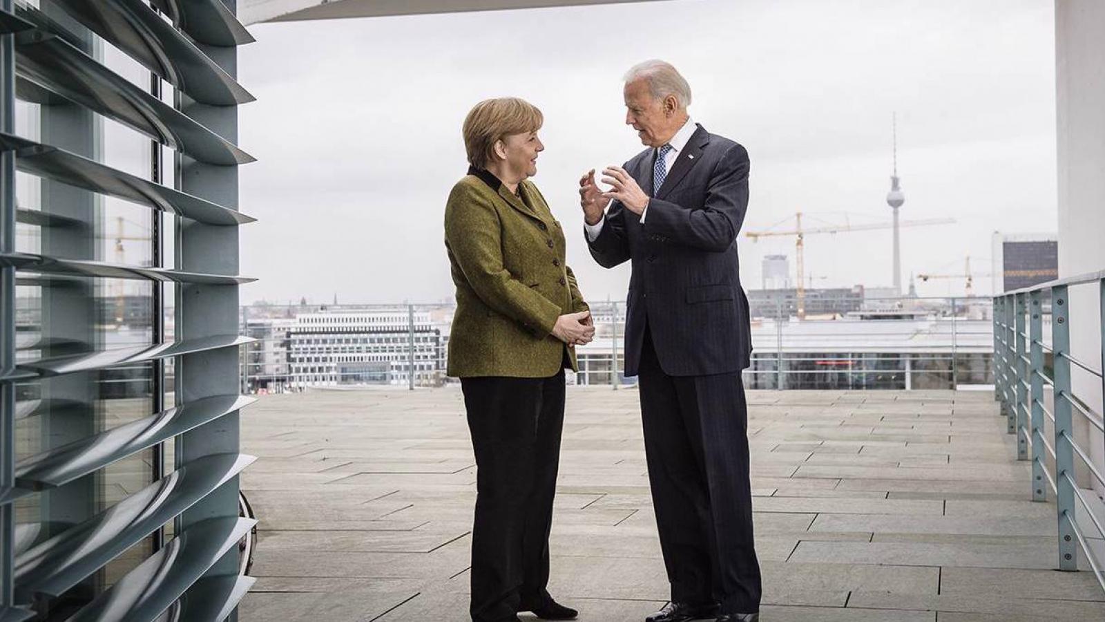 """Lợi dụng sai lầm của Trung Quốc, Biden """"lùi 1 bước để tiến 3 bước"""" với châu Âu"""