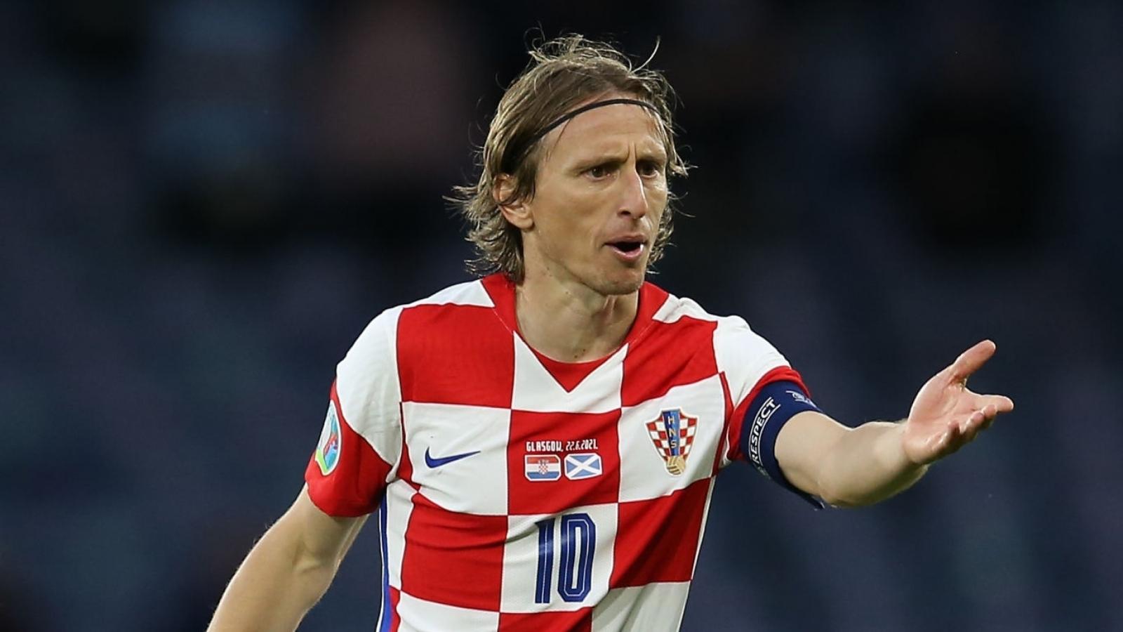 Top 5 bàn thắng đẹp lượt trận thứ 3 EURO 2021: Ngả mũ với Luka Modric
