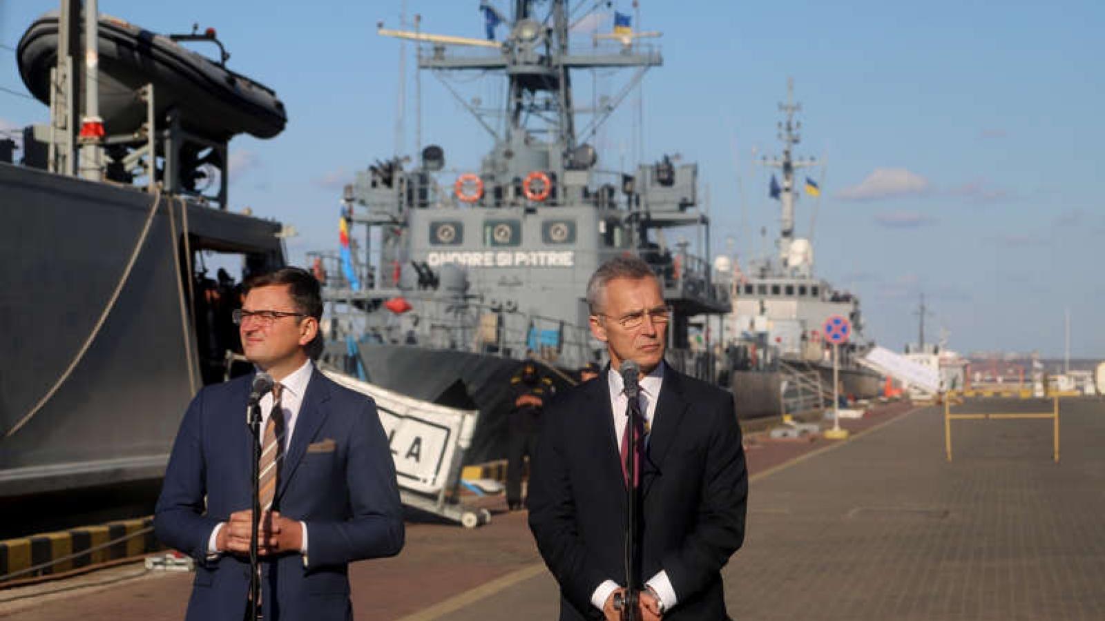 """Nga cảnh báo sẽ """"phản ứng nếu cần thiết"""" khi NATO tăng cường lực lượng ở Ukraine"""