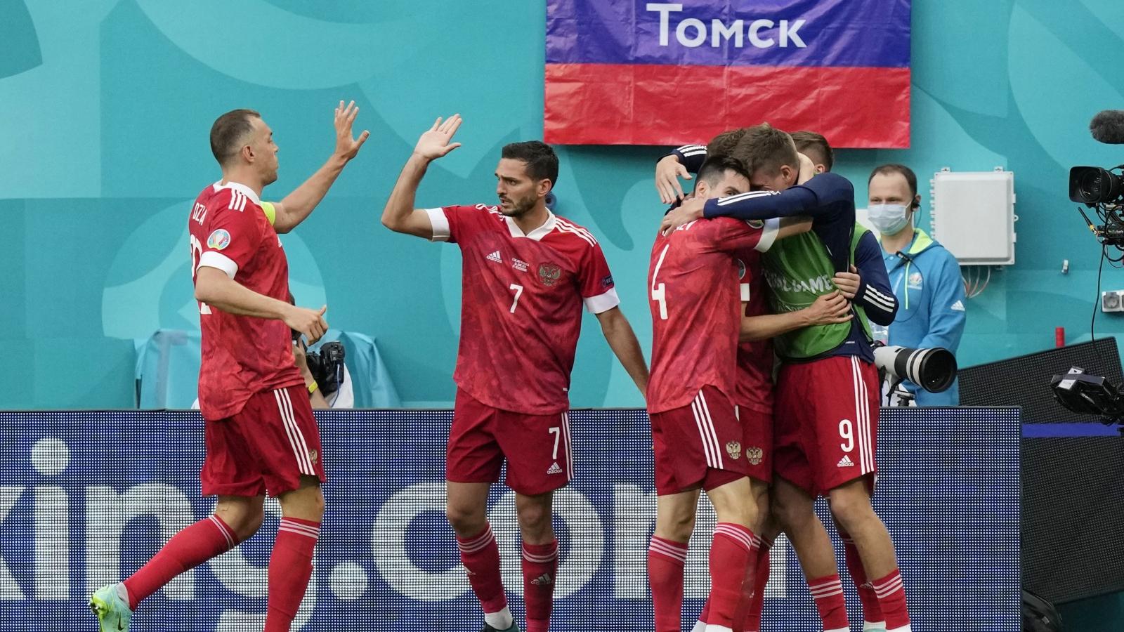 Trực tiếp Phần Lan 0-1 Nga: Siêu phẩm của Miranchuk