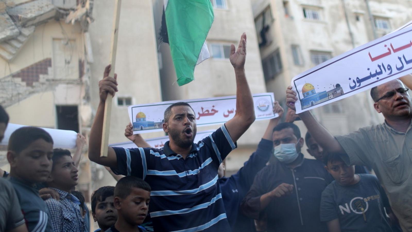 Chính phủ mới vừa nắm quyền, Israel không kích Gaza phá bỏ lệnh ngừng bắn