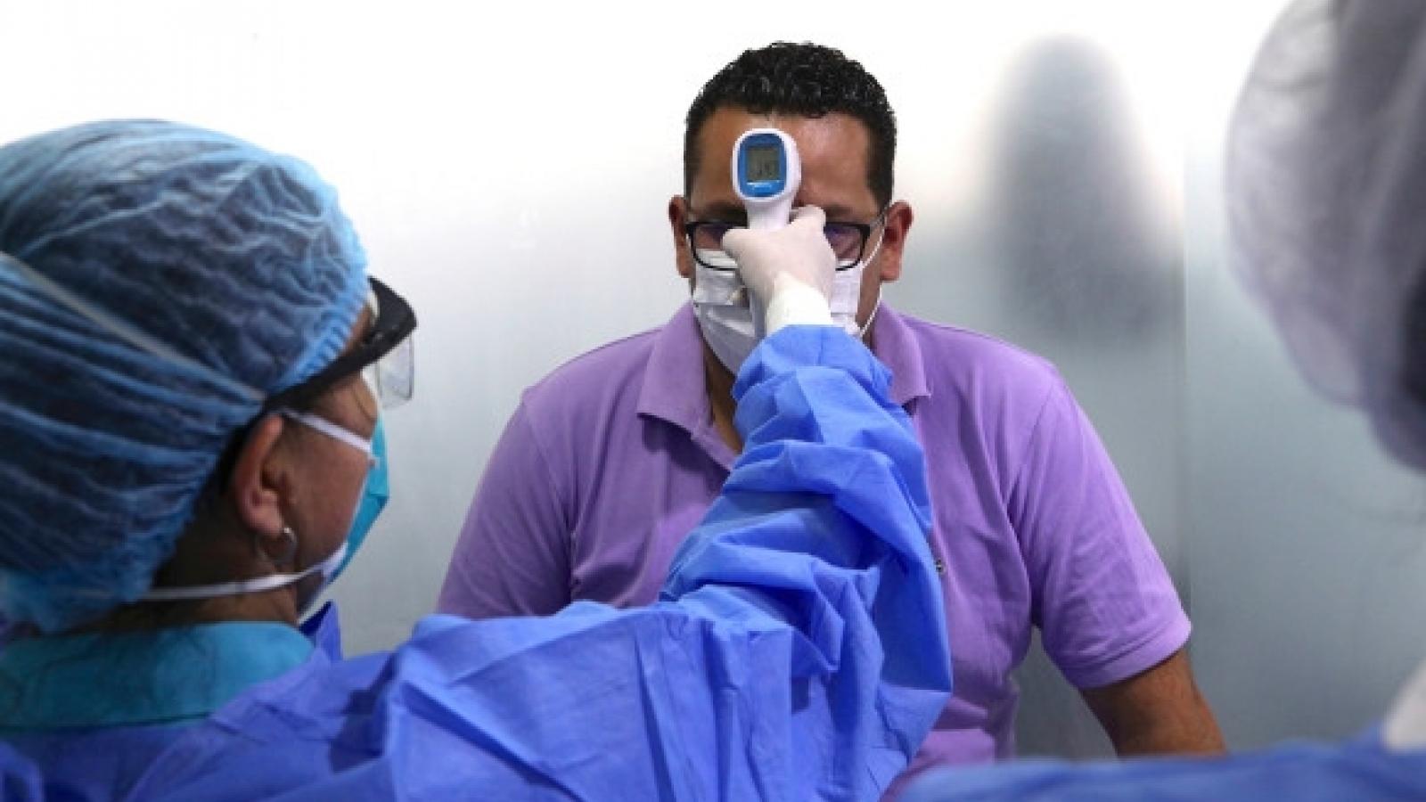 Peru có số ca Covid-19 tử vong bình quân cao nhất, Nhật Bản tự phát triển vaccine nội địa
