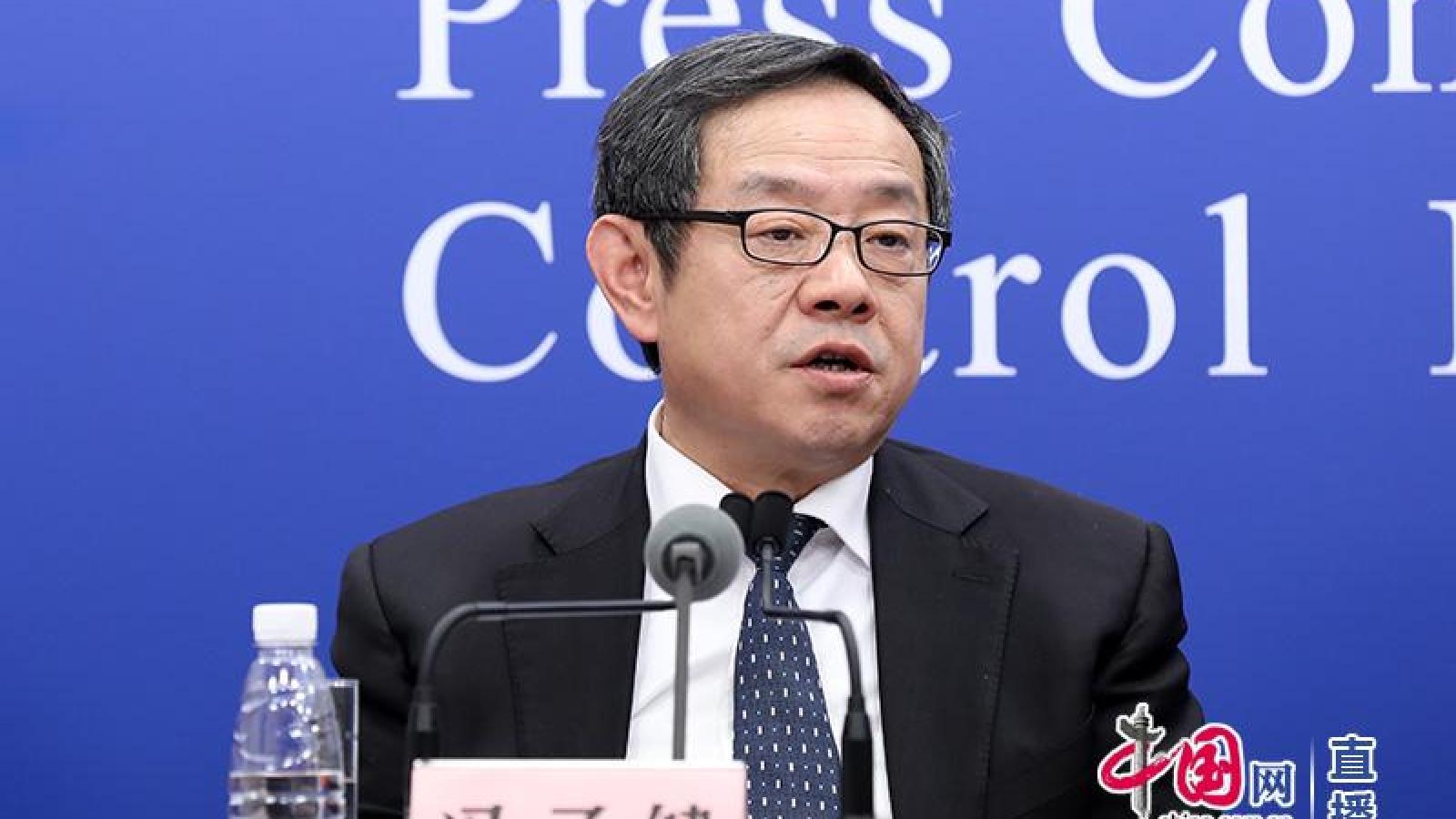 Áp lực dịch xâm nhập, Trung Quốc xem xét tiêm vaccine Covid-19 cho người dưới 18 tuổi