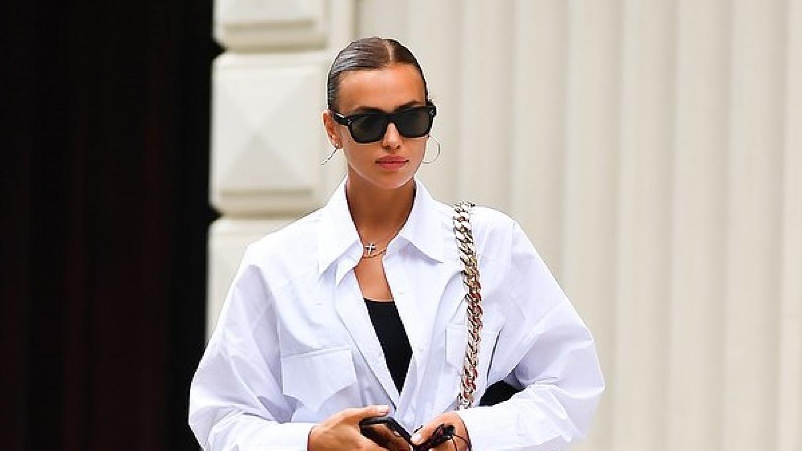 Siêu mẫu Irina Shayk diện váy ngắn khoe dáng thon ra phố