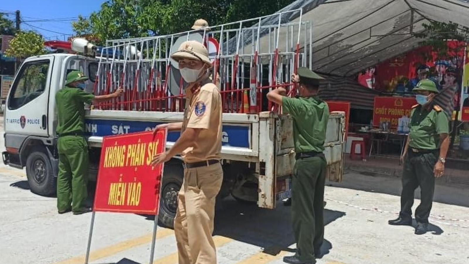 Dỡ bỏ cách ly y tế tại thành phố Hà Tĩnh, chuyển sang giãn cách theo Chỉ thị 15