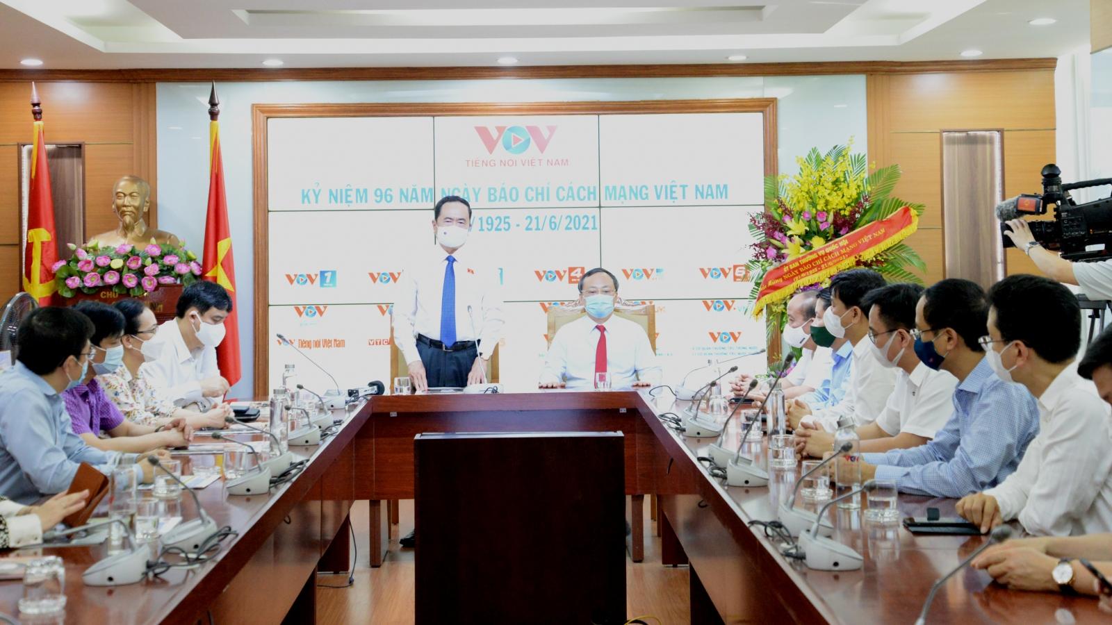 Phó Chủ tịch Thường trực Quốc hội Trần Thanh Mẫn chúc mừng VOV nhân ngày 21/6