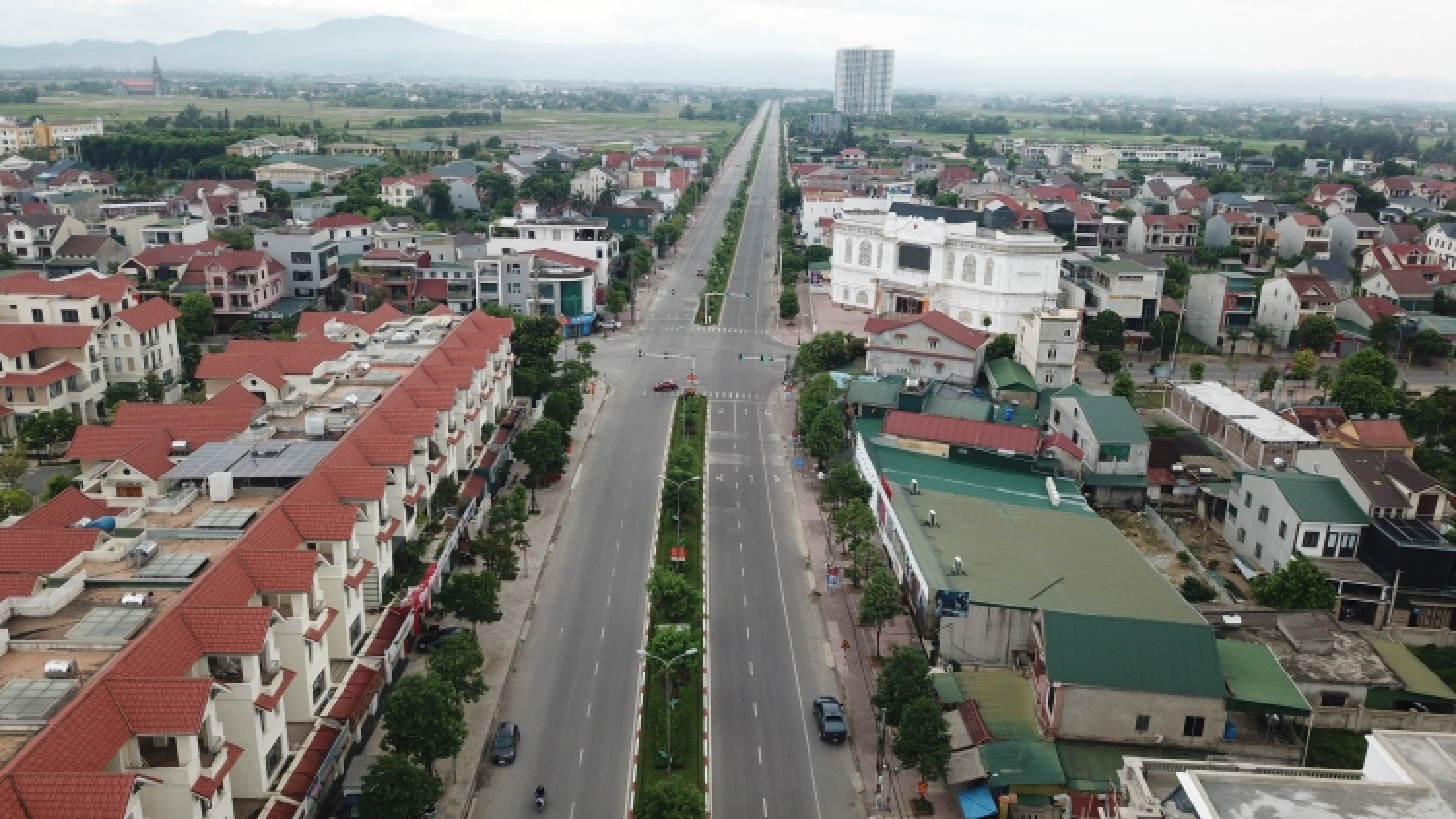 Hà Tĩnh dừng áp dụng Chị thị 15 đối với thành phố 10 vạn dân