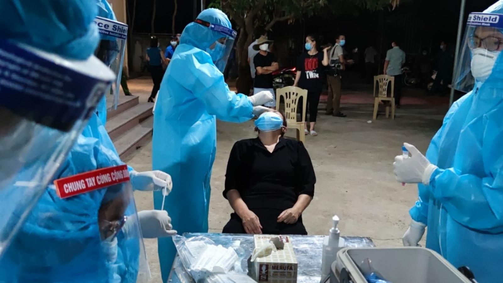 Bé trai 5 tuổi ở Nghệ An dương tính với SARS-CoV-2