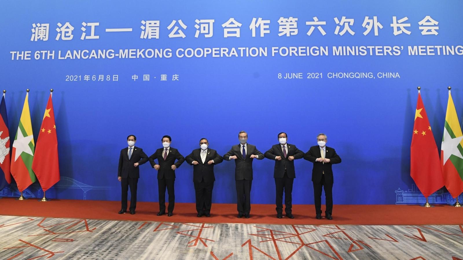 """""""Việt Nam sẽ tích cực cùng các nước ASEAN và Trung Quốc tăng cường đối thoại chính trị"""""""