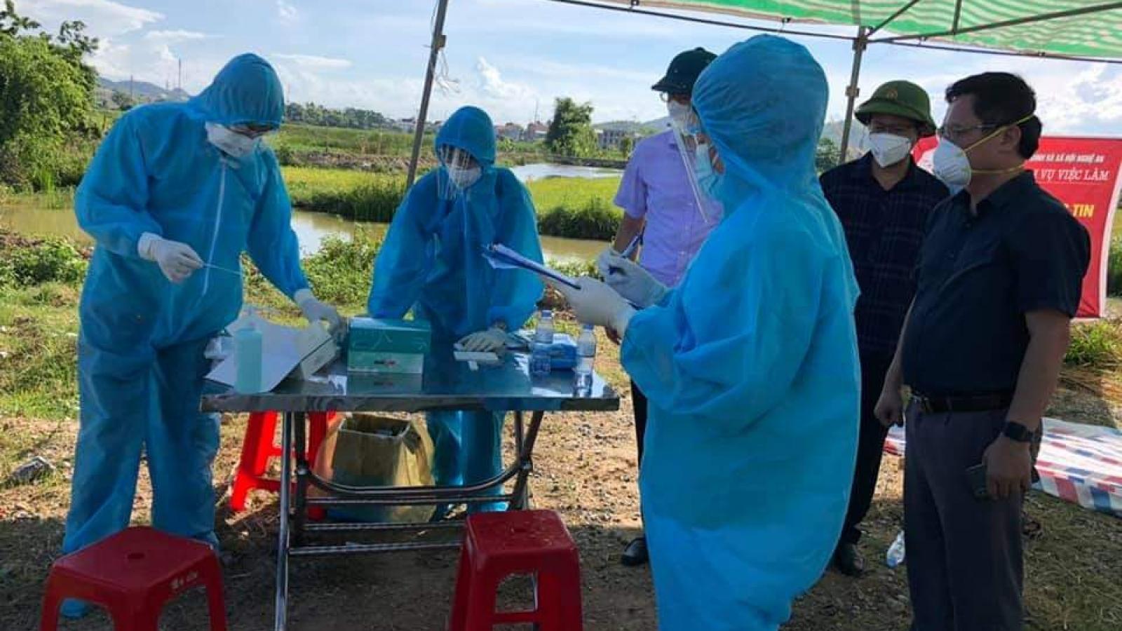 Nghệ An đón hơn 800 công dân từ Bắc Giang trở về