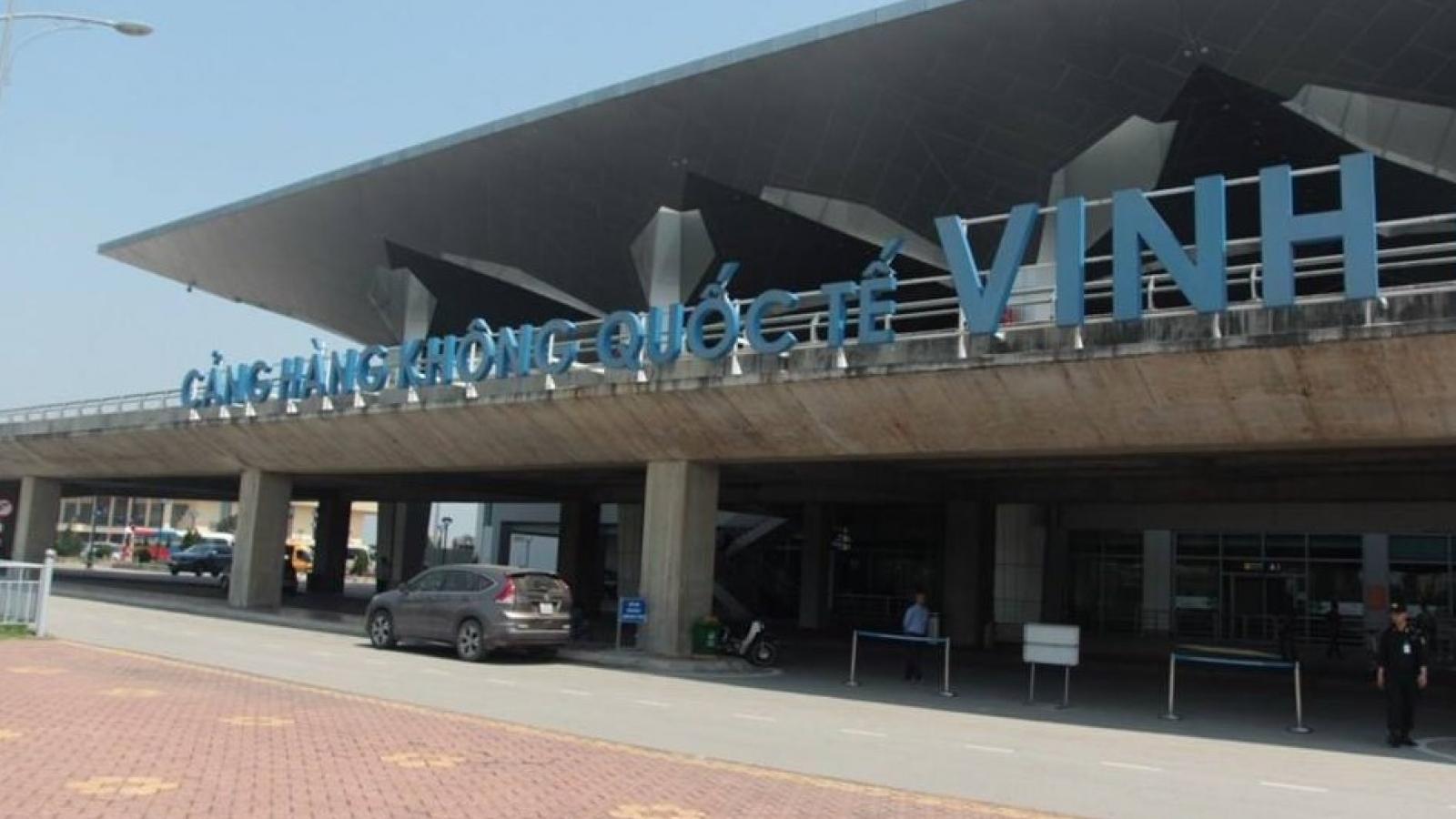 Nghệ An truy vết, cách ly 71 hành khách đi cùng chuyến bay với 2 bệnh nhân Covid-19