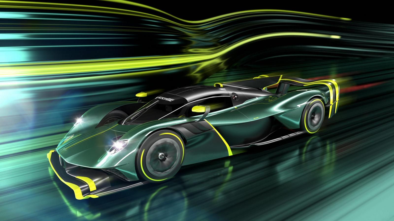 Aston Martin Valkyrie AMR Pro chính thức ra mắt