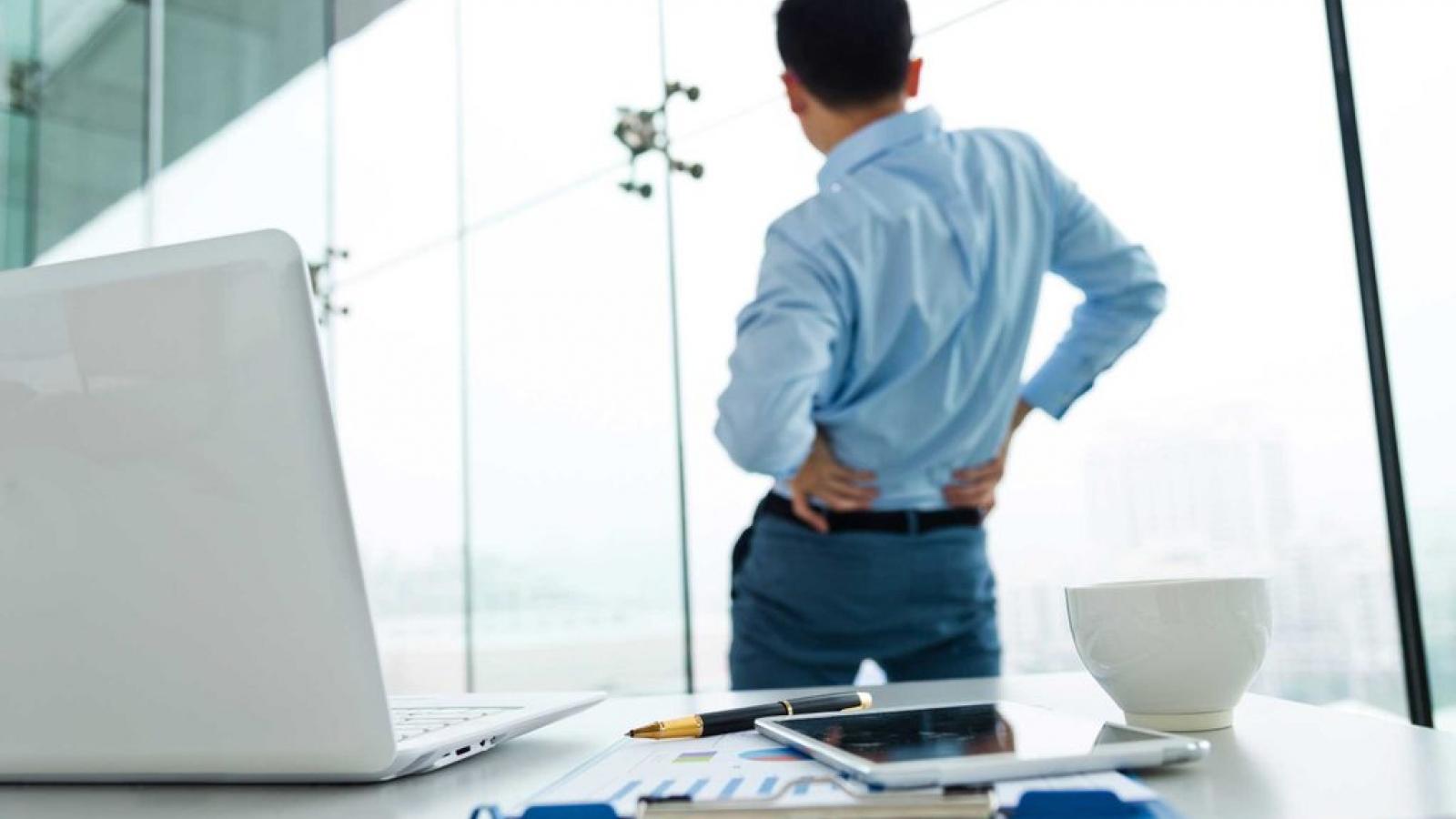 9 nguyên nhân không ngờ khiến bạn bị đau lưng
