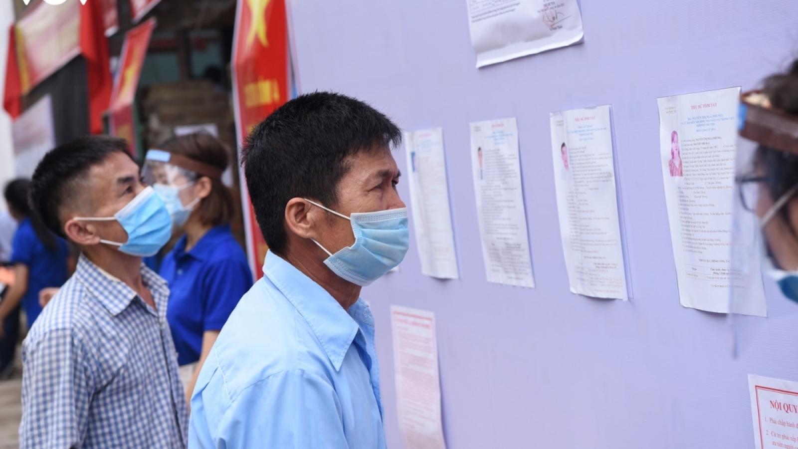 """Sai phạm bầu cử ở Hà Nội: Không chỉ """"khai trừ đảng"""" là xong"""