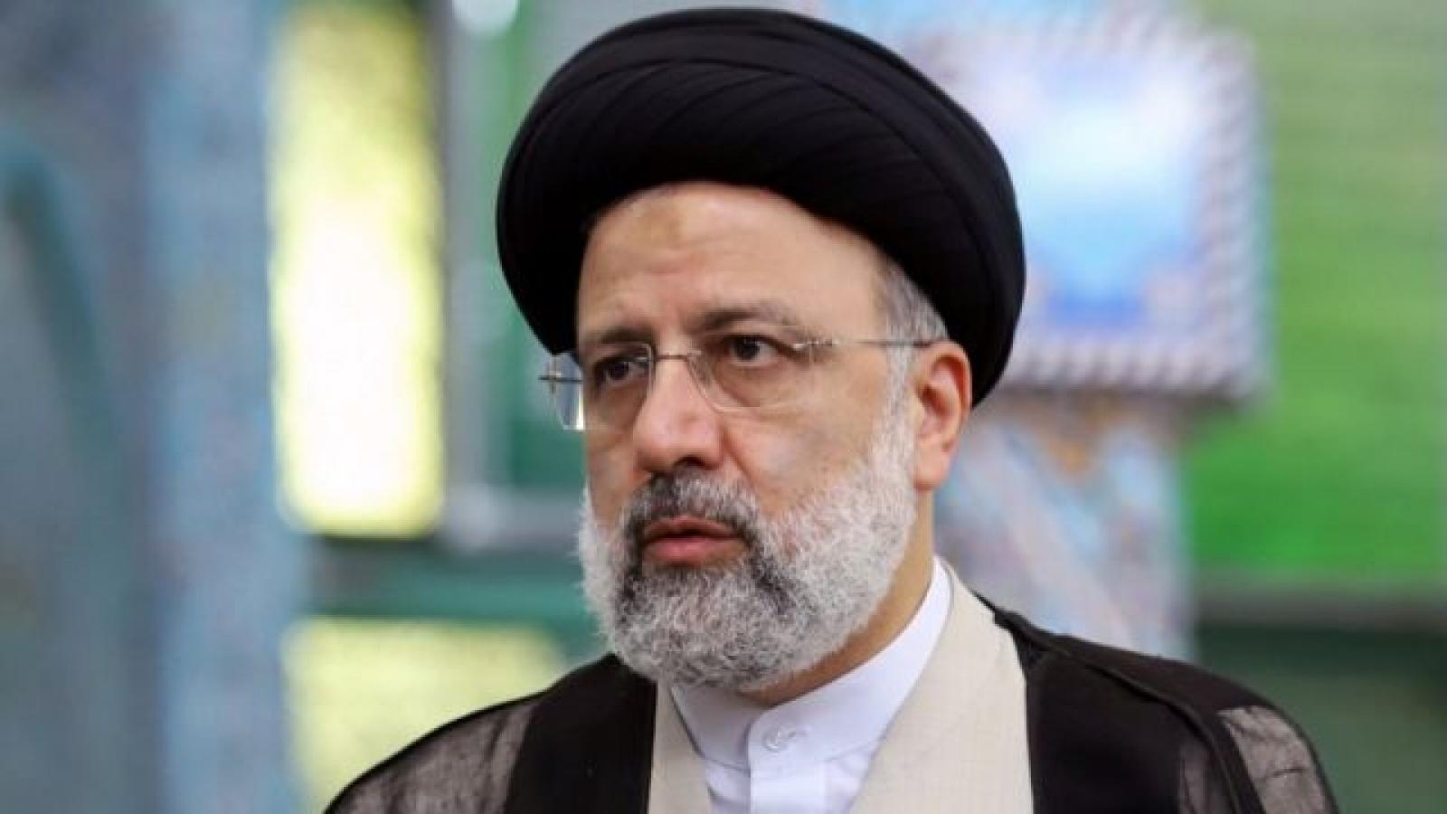 """""""Cơn đau đầu"""" của chính quyền Biden khi Iran có tổng thống mới"""