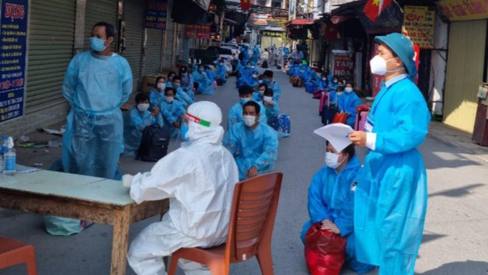 Đình chỉ công tác chủ tịch xã Tiền Phong (Bắc Giang) do lơ là phòng, chống dịch